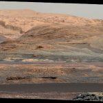 NASA опубликовало первые цветные фото с Марса