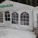 В связи с погодой в Баку устанавливают палатки для бездомных