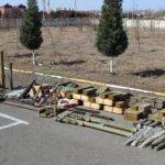 В Физули обнаружены брошенная противником военная техника и боеприпасы
