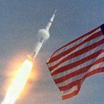 НАСА впервые отправит экипаж МКС на многоразовых корабле и ракете