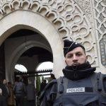 Во Франции усилили охрану религиозных объектов