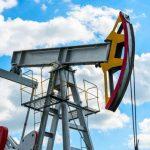 Цена азербайджанской нефти приближается к 77 долларам