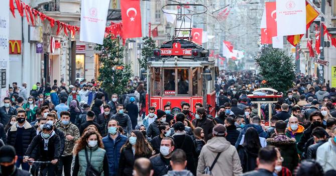В Турции сообщили о самом сложном периоде пандемии коронавируса