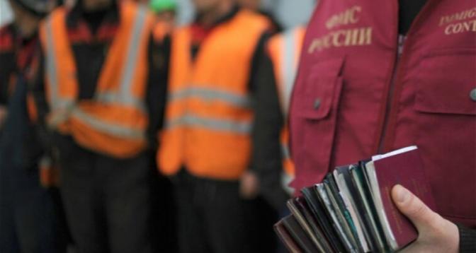 Нужна правовая и юридическая помощь мигрантам из Азербайджана, желающим легализовать свой статус в России