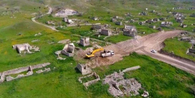 Будут наказаны ответственные за снос мечети в Губадлы в ходе строительства дороги