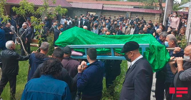 В Исмаиллы прошли похороны народного поэта Мусы Ягуба