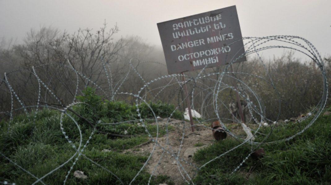 minnoe pole v Karabaxe