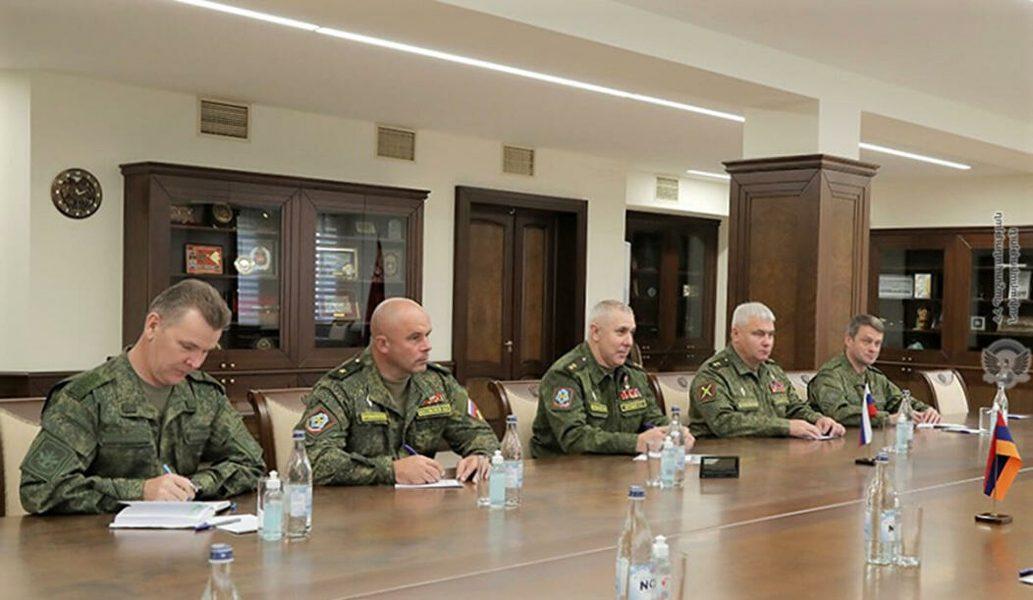Muradov-i-Anashkin-v-Armenii.